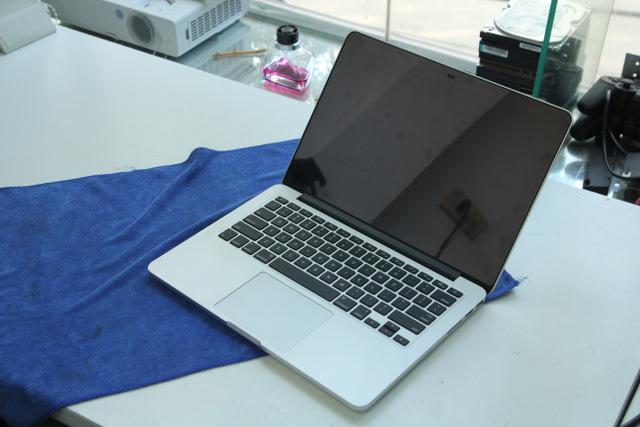 Macbook Pro MD 213
