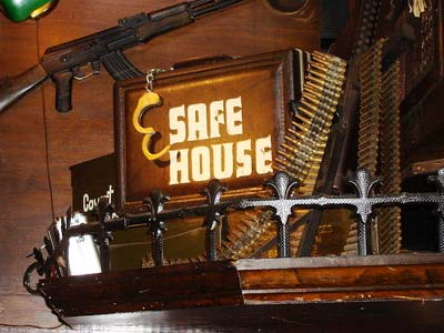 Safe House, Milwaukee-thichdulich.com.vn