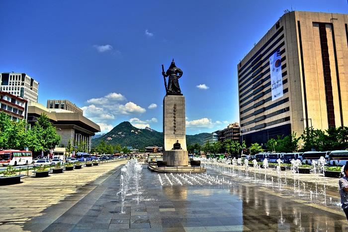 Kết quả hình ảnh cho dòng suối cheonggyecheon