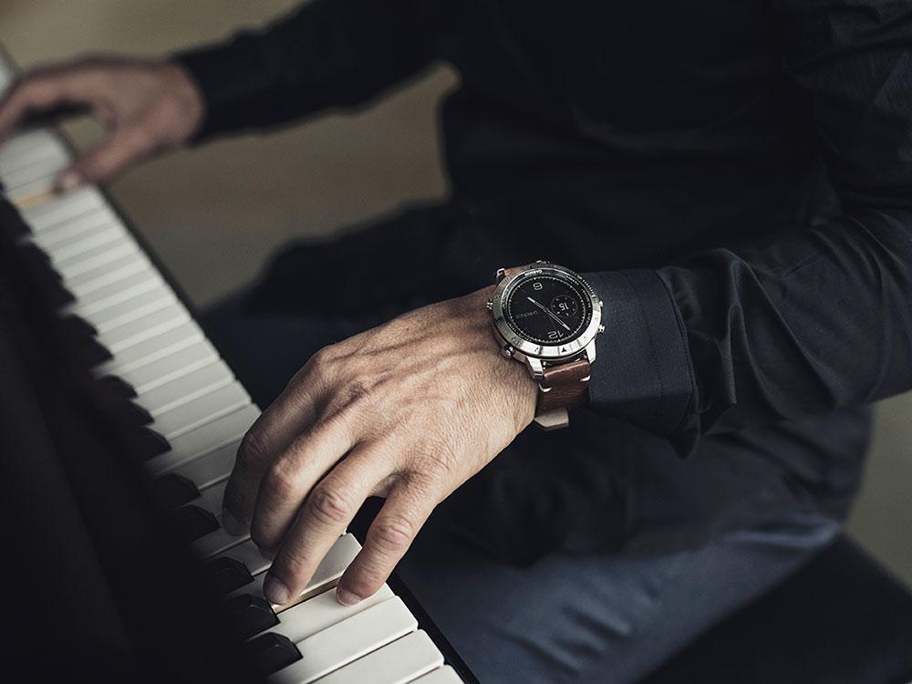 Đồng hồ garminfenix Chronos có thiết kế vô cùng sang trọng