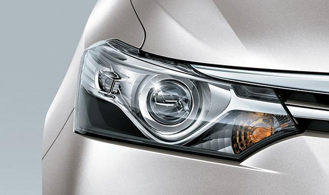 Toyota Vios 2017 1.5E MT được trang bị cụm đèn trước halogen