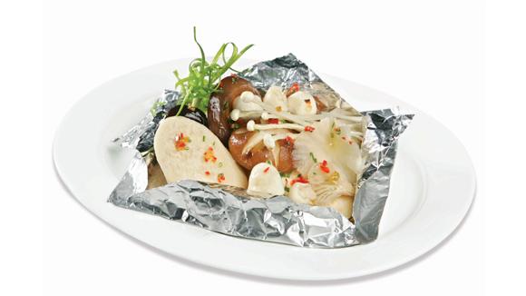 Món nấm nướng giấy bạc thơm ngon, bổ dưỡng cực nhanh và an toàn