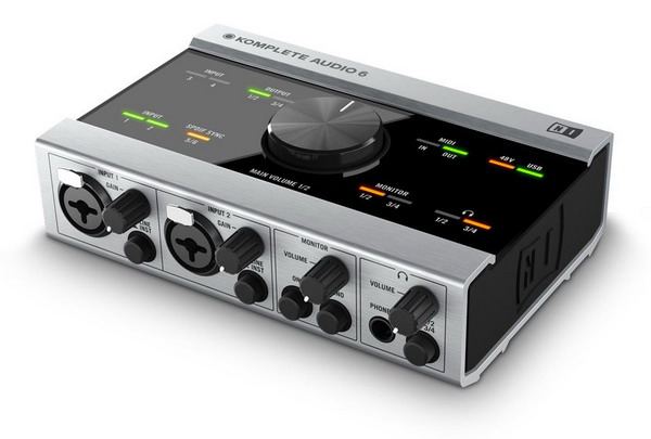 Sound card thu âm USB NI Komplete Audio 6