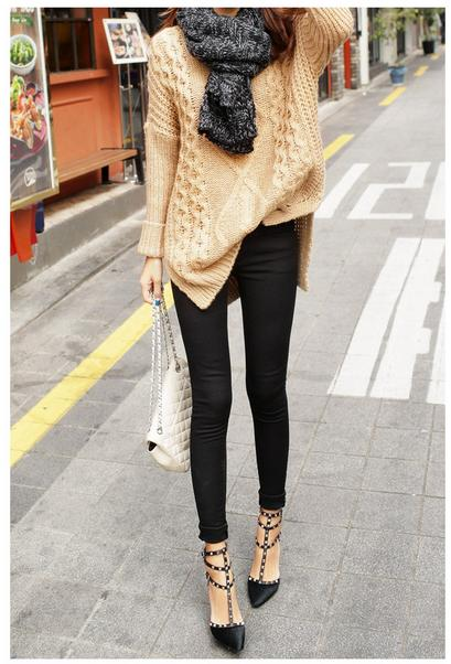 Áo len màu vàng pastel mang đến sự thu hút cho người mặc