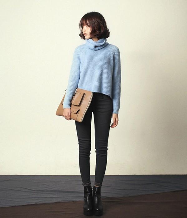 Ấm áp với áo len màu xanh pastel