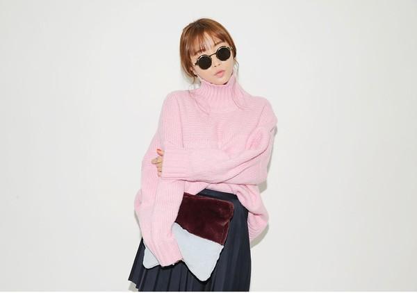 Áo len màu hồng pastel ngọt ngào