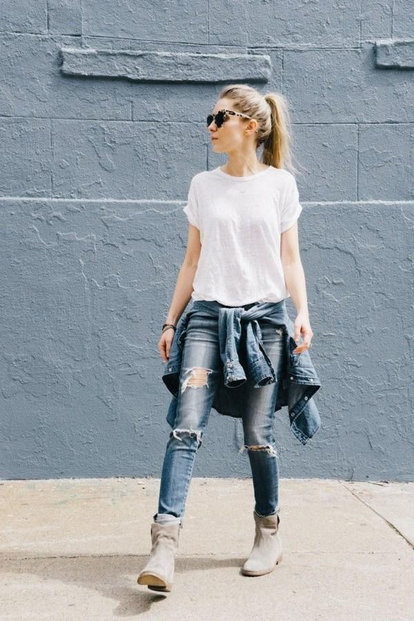 Đơn giản nhưng thu hút khi mix cùng áo jean