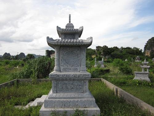 mộ đá hai mái 16