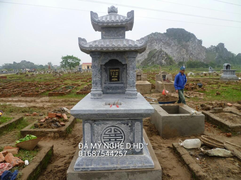 mộ đá hai mái 10