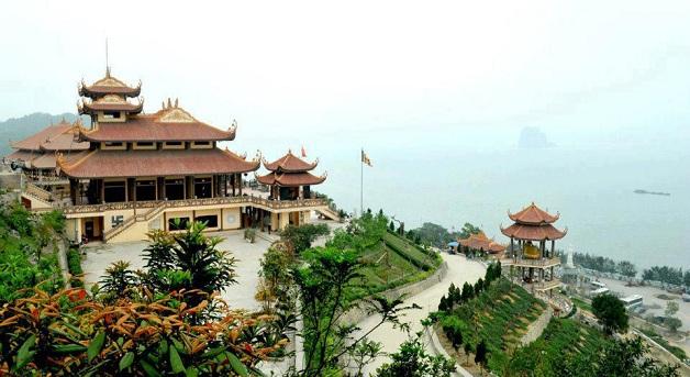 Thuê xe 45 chỗ giá rẻ từ Hà Nội đi Vân Đồn