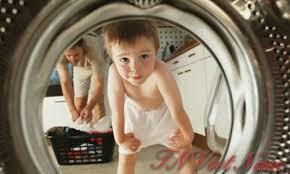 Sử dụng hóa chất giặt là tẩy quần áo