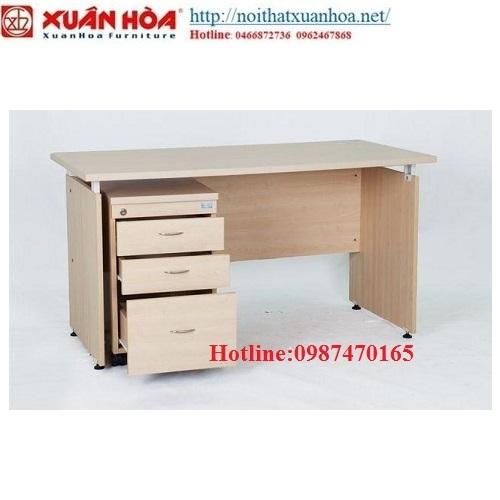 http://bizweb.dktcdn.net/100/053/486/products/ban-van-phong-xuan-hoa-bvp-12-04-500x500.jpg?v=1470387531350