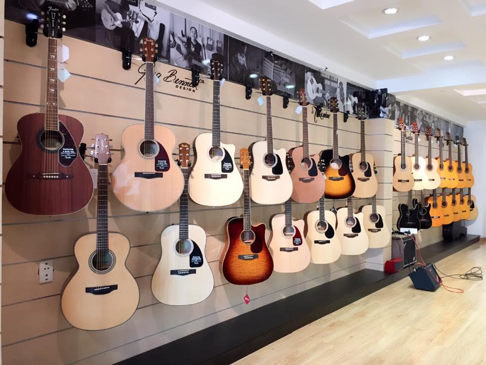 Mua đàn guitar ở đâu uy tín tại TP.HCM