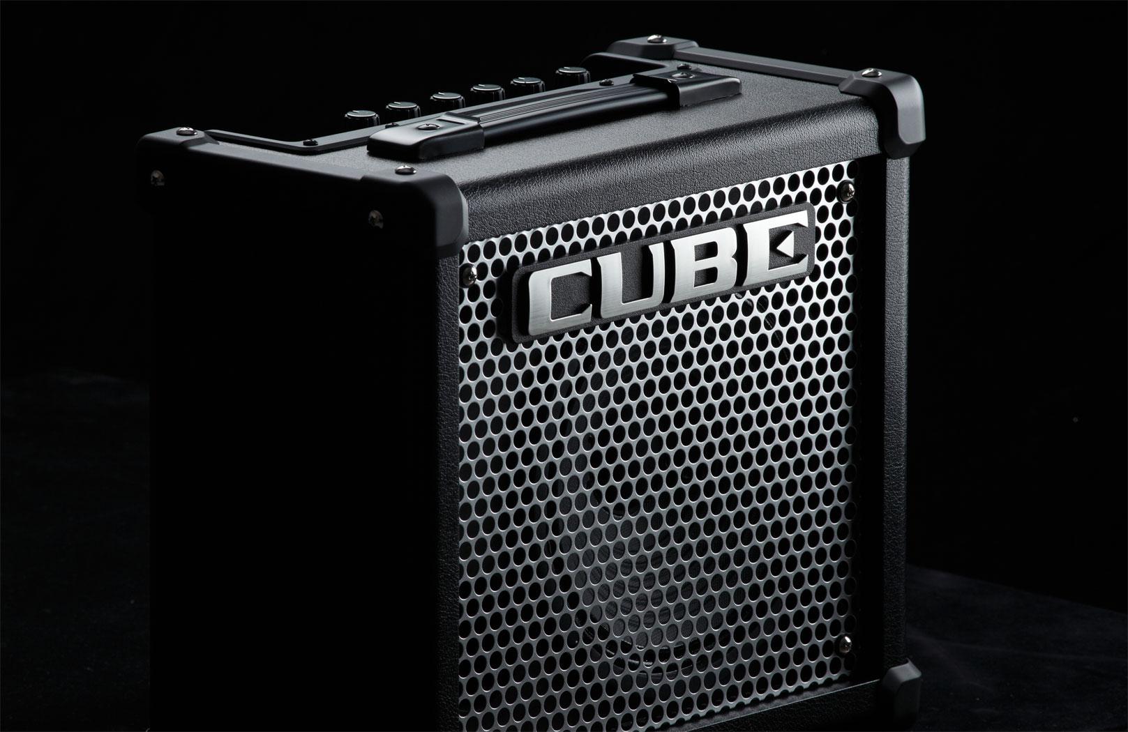 6 lí do nên mua Roland CUBE-10GX Guitar Amplifier 1