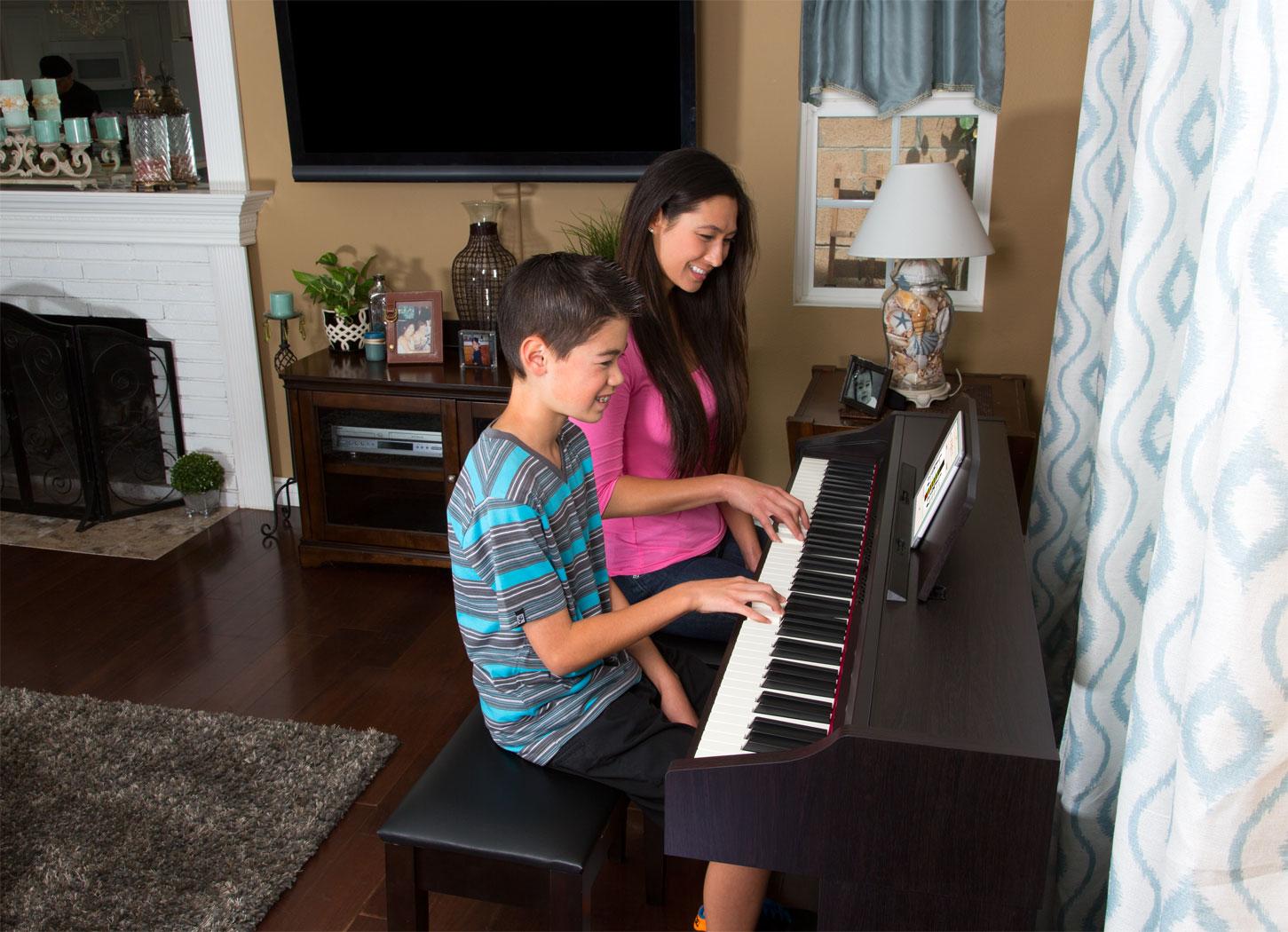 Nên mua đàn organ/keyboard hay piano điện khi bắt đầu học đàn 2