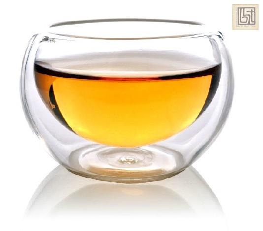 bộ thưởng trà thuỷ tinh bao gồm ấm thuỷ tinh và chén thuỷ tinh