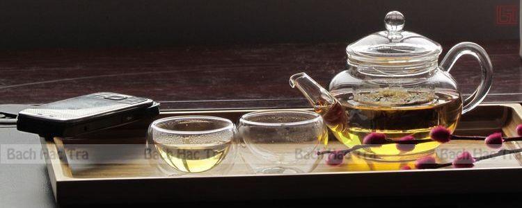 bộ thưởng trà thuỷ tinh bao gồm ấm và chén trà thuỷ tinh