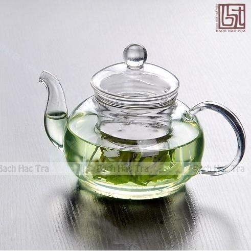 bộ thưởng trà thuỷ tinh bao gồm ấm và chén thuỷ tinh
