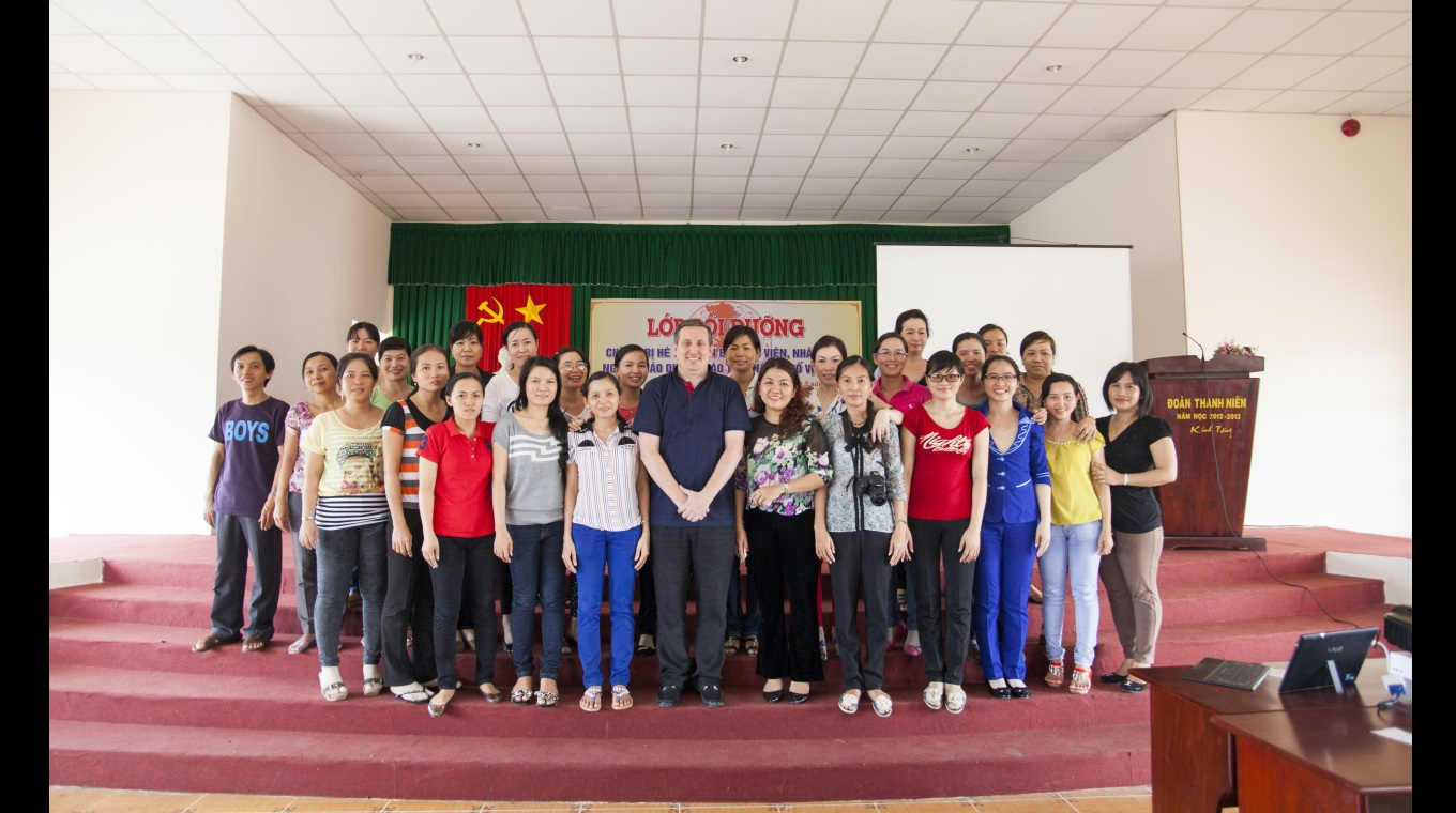 vacancy announcement english teacher ieg viet nam training program social learning model application in teaching english for lecturers in mekong delta