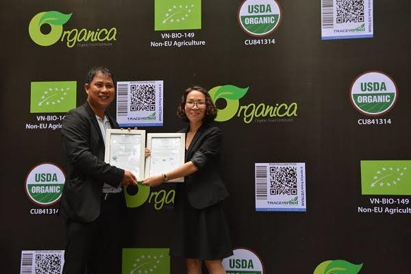 First Vietnamese vegetable farm with US and EU organic standards recognised