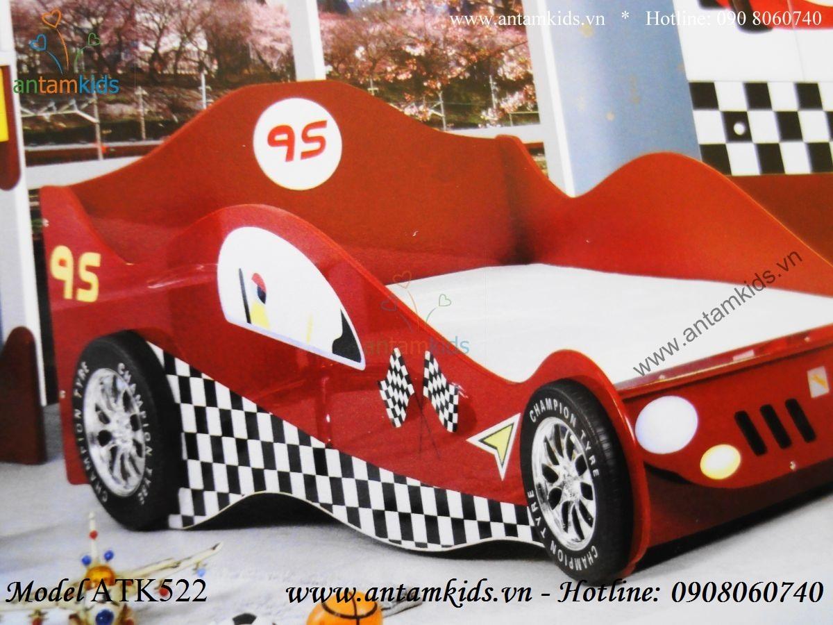 Giường ngủ hình xe ô tô McQueen cho bé trai, giuong oto màu đỏ sành điệu