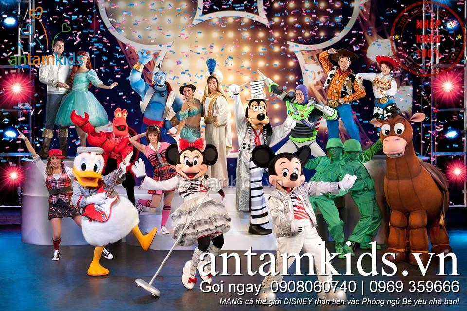 Tặng Gối Xinh Disney goi om goi nam cho bé trai bé gái khi đi xem Disney Live tại Hà Nội 10102015
