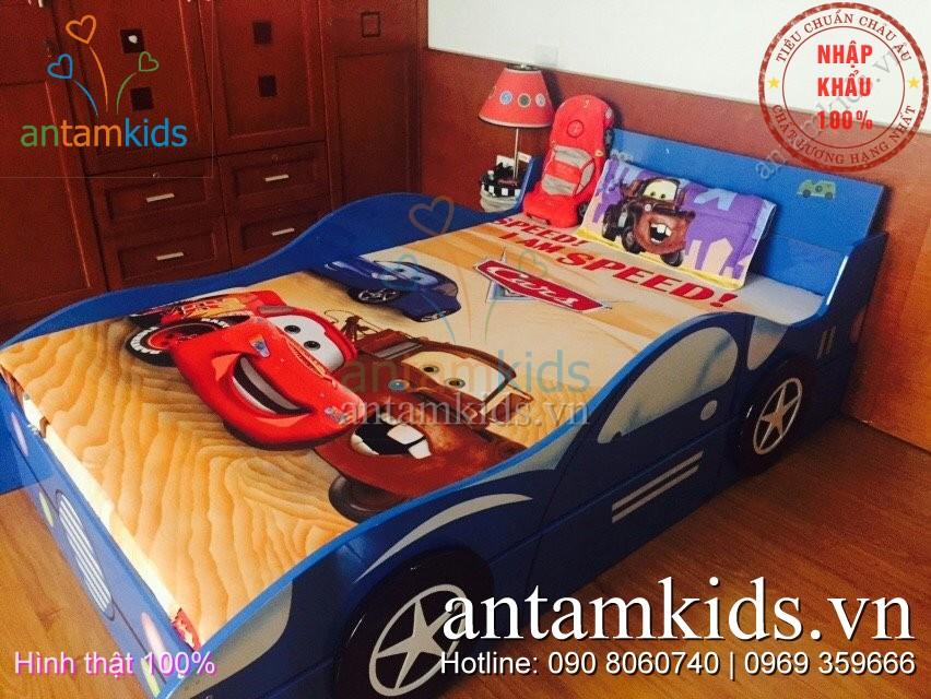 Giường ô tô cho bé trai mê xe hơi antamkids.vn