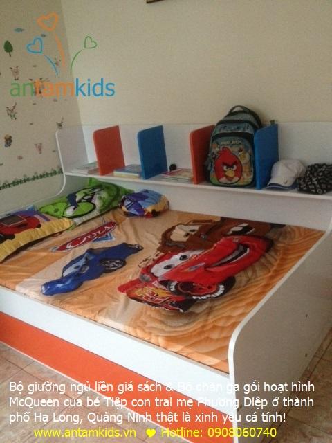 Bộ giường ngủ liền giá sách & Bộ chăn ga gối hoạt hình McQueen của bé Tiệp con trai mẹ Phương Diệp ở thành phố Hạ Long, Quảng Ninh thật là xinh yêu cá tính!