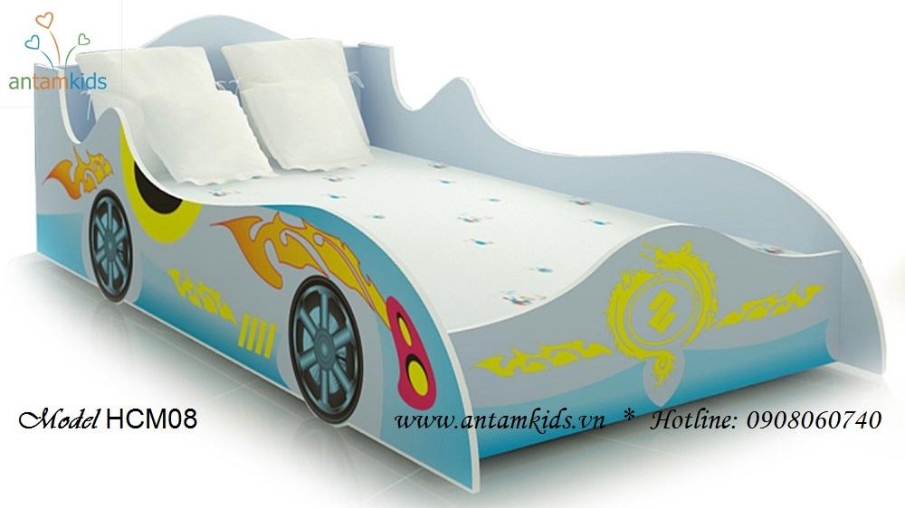 Giường ô tô màu xanh dương rất xinh xắn cho bé yêu - Giá tiền: 4,000,000 VNĐ - AnTamKids.vn