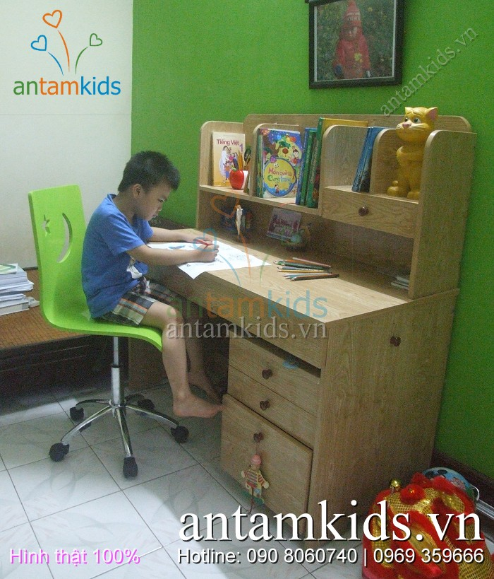 Ban hoc Nhat ban cua be Tri Hung - Con trai me Phuong Lien_HaNoi - AnTamKids.vn
