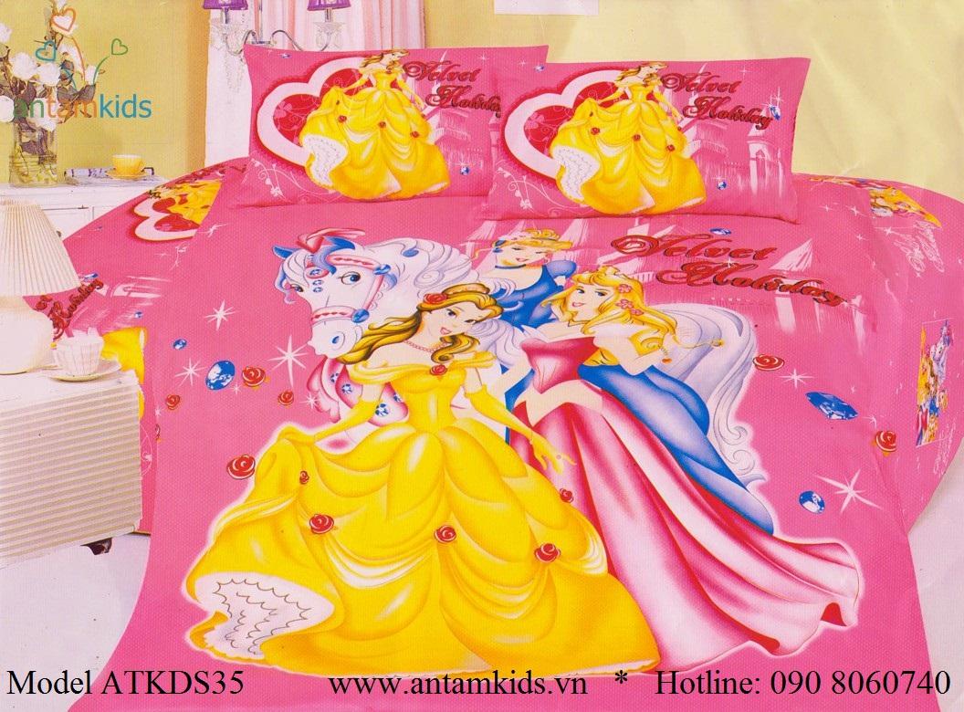 Bộ chăn ga gối cho bé hình 3 nàng Công chúa Princess xinh đẹp màu xanh dịu mát  thật đáng yêu, các bé gái mê tít !