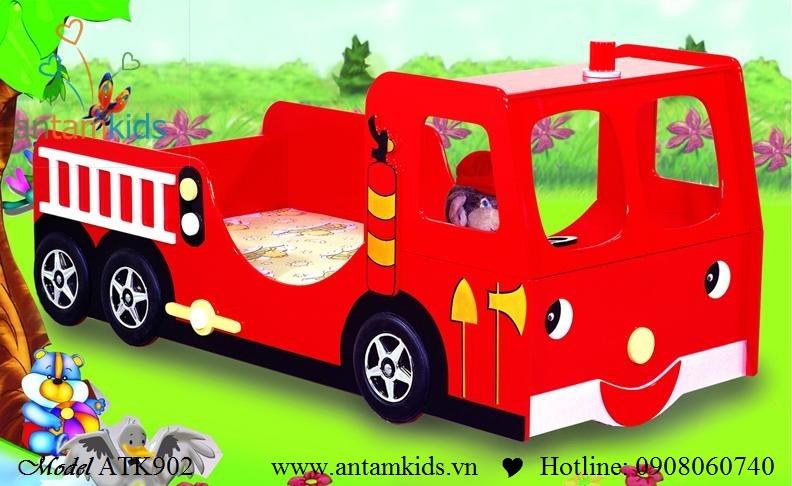 Giường hình xe ôtô ATK902 màu đỏ cực sành điệu cho bé trai
