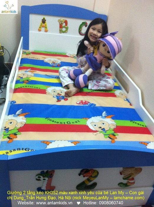 Giường 2 tầng kéo KH352 màu xanh xinh yêu của bé Lan My – Giuong tre em AnTamKids