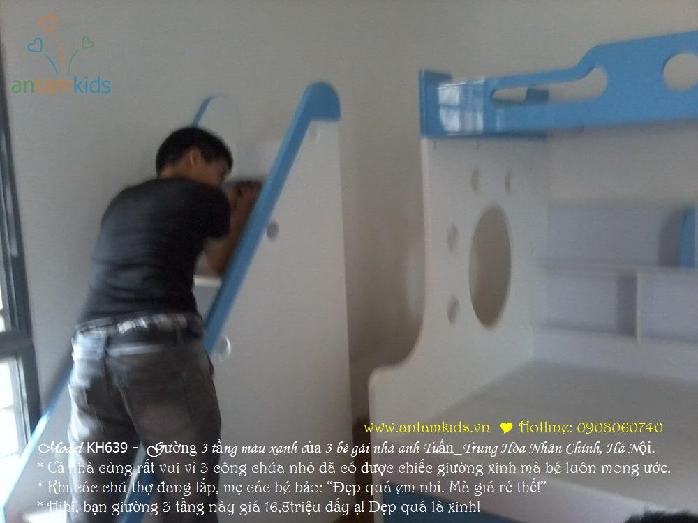 Giường 3 tầng KH639 màu xanh biển siêu đẹp của 3 bé gái nhà anh Tuấn, Hà Nội