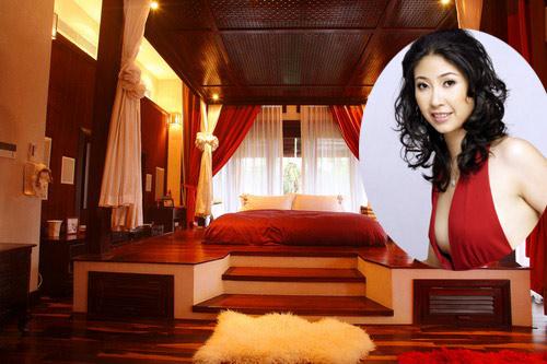 Phòng ngủ đẹp lộng lẫy đẳng cấp như chốn chung đình quý tộc của hoa hậu Hà Kiều Anh - AnTamKids.vn