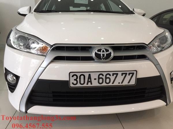 Xe Yaris G được đặt trong khoang giao xe chuẩn bị bàn giao đến tay khách hàng