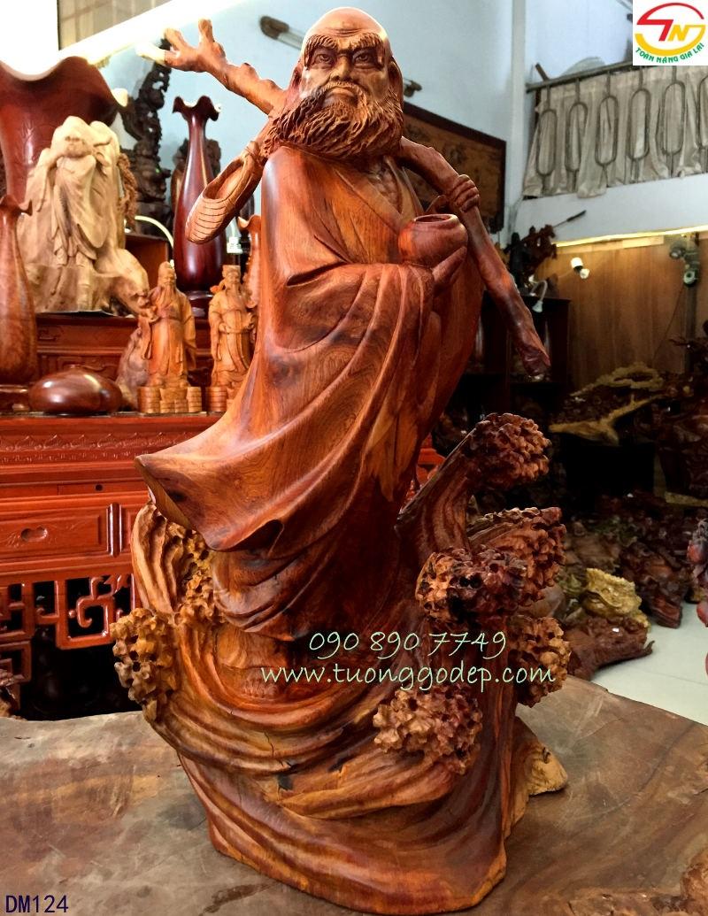 Tượng gỗ Đạt Ma Quá Hải