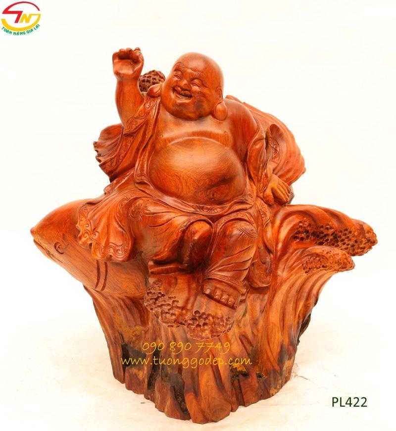 Tượng Phật Di Lặc cưỡi cá chép