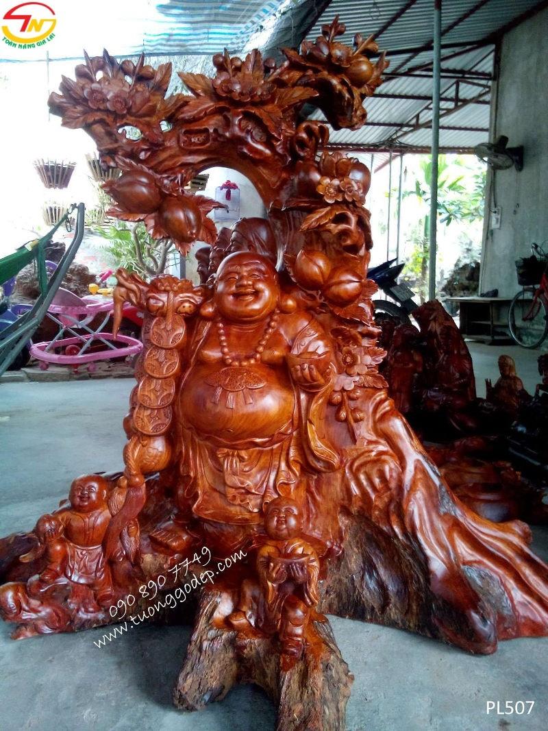 Phật Di Lặc nhị phúc đứng đào
