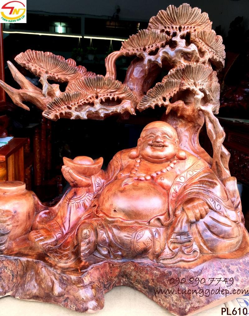Tượng Phật Di Lặc nu gỗ xá xị
