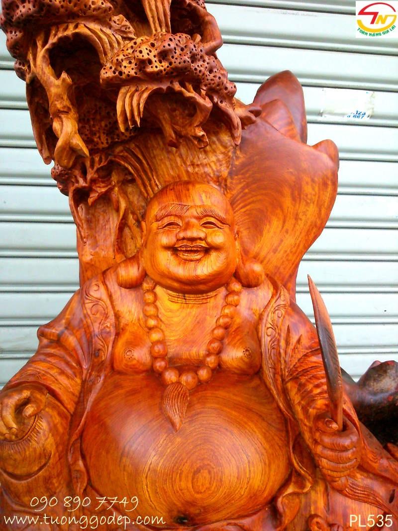 Phật Di Lặc tựa sơn