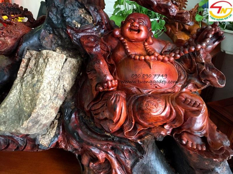 Phật Di Lặc độc