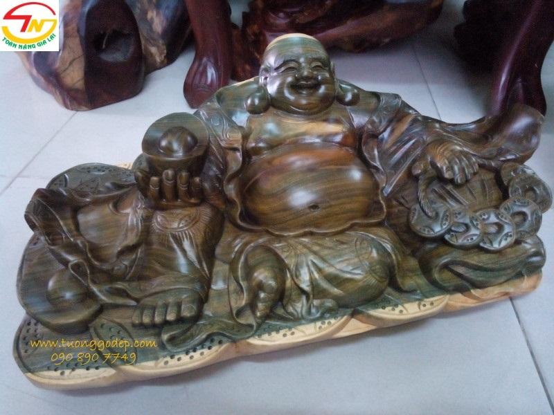 Tượng  gỗ đổi màu Phật Di Lặc