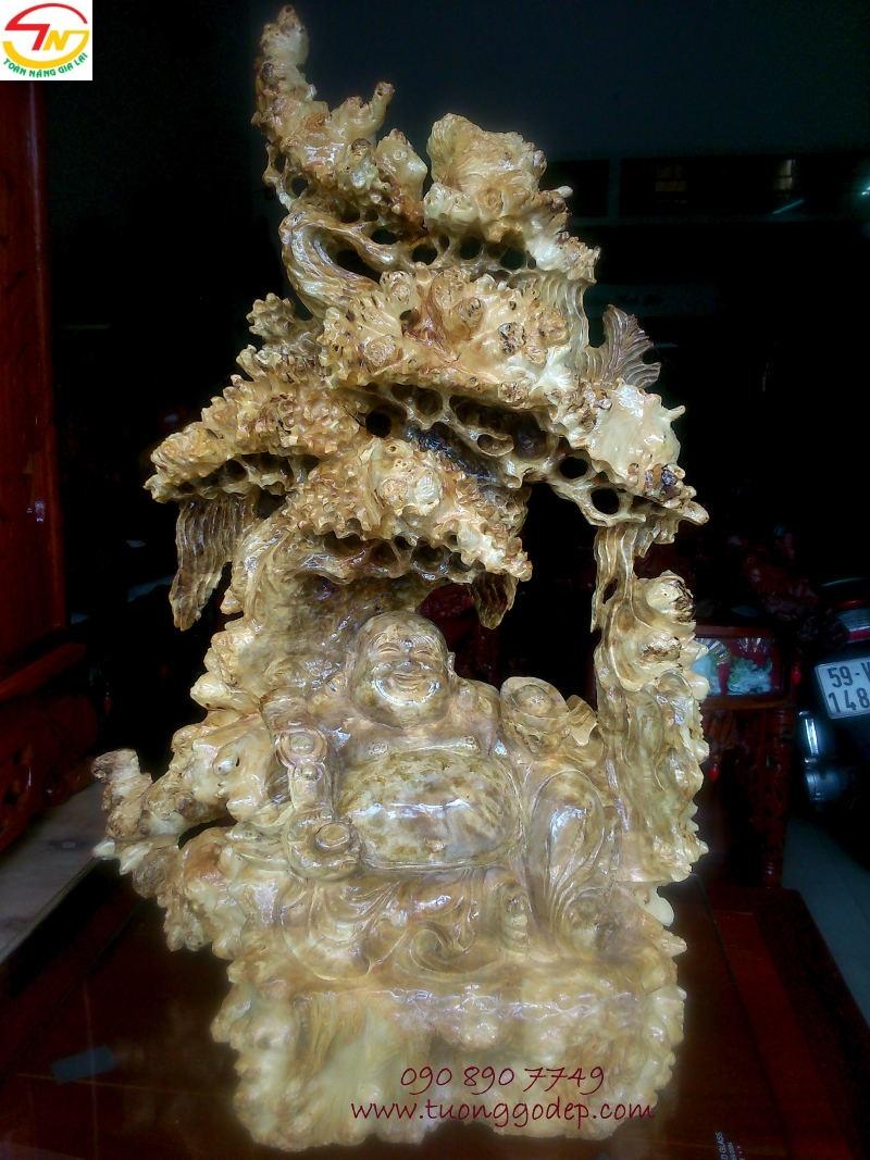 Tượng Phật Di Lặc ngồi gốc tùng gỗ nu nghiến