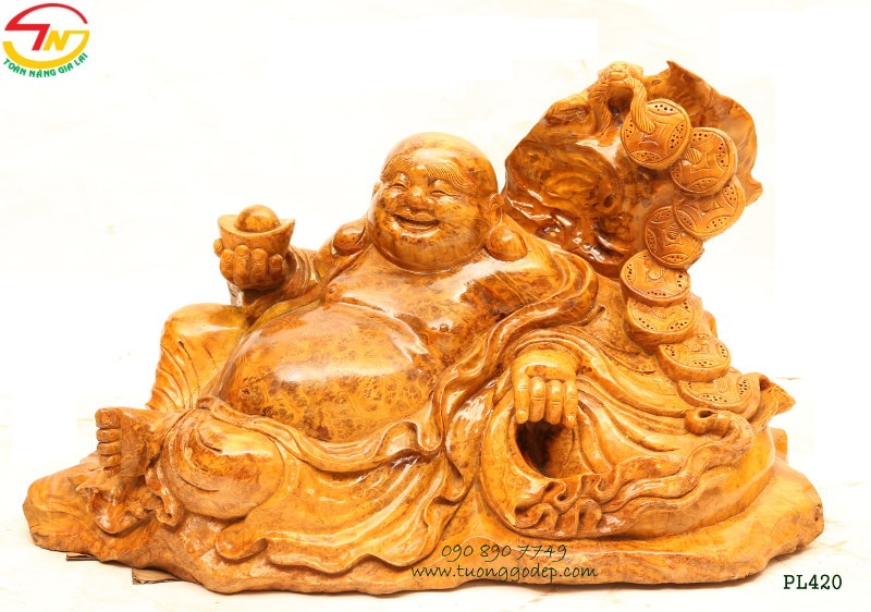 Phật Di Lặc gỗ nu kháo