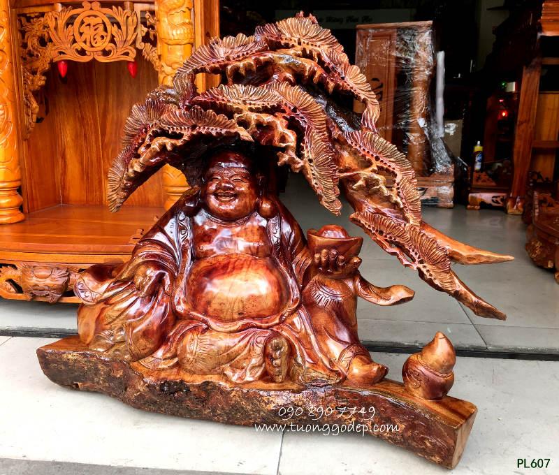 Tượng Phật Di Lặc gỗ xá xị