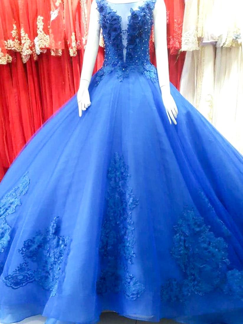 Váy cưới phồng công chúa