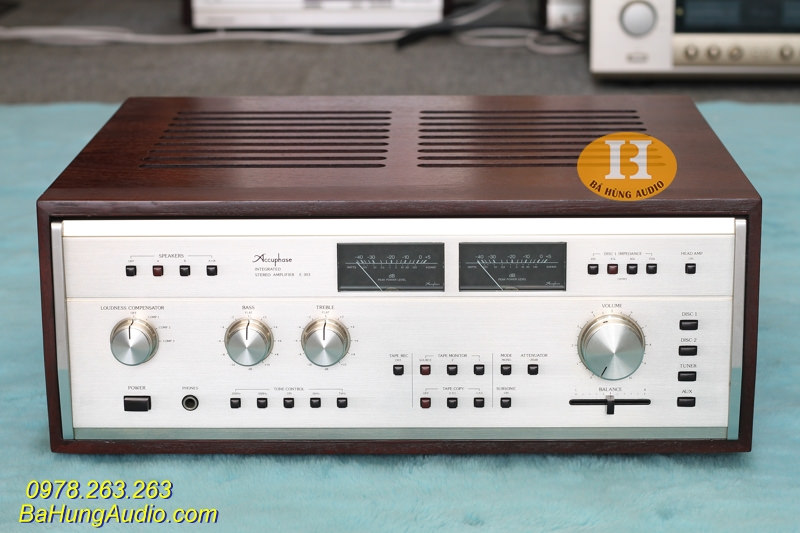 Amply Accuphase E303 đẹp xuất sắc