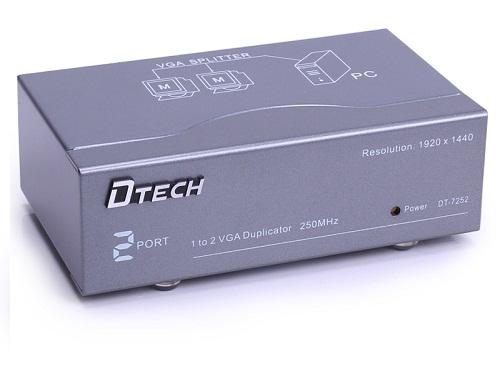 Kết quả hình ảnh cho Bộ chia VGA 1 ra 2 DTECH DT-7252