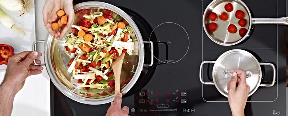 Sử dụng bếp điện từ bốn TeKa IRS 943 HK 1310